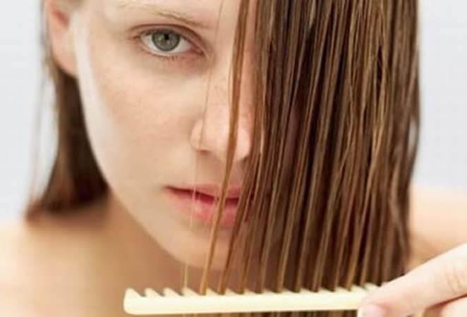 Saçlarda Aşırı Dökülme